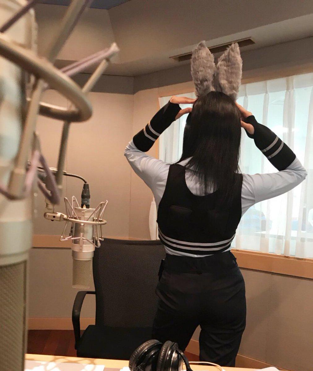 長弘翔子さんの肩