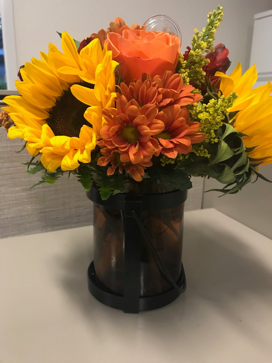 Thank you for Chad and Tracy for the beautiful flowers! https://t.co/ZOzWJSTTCy