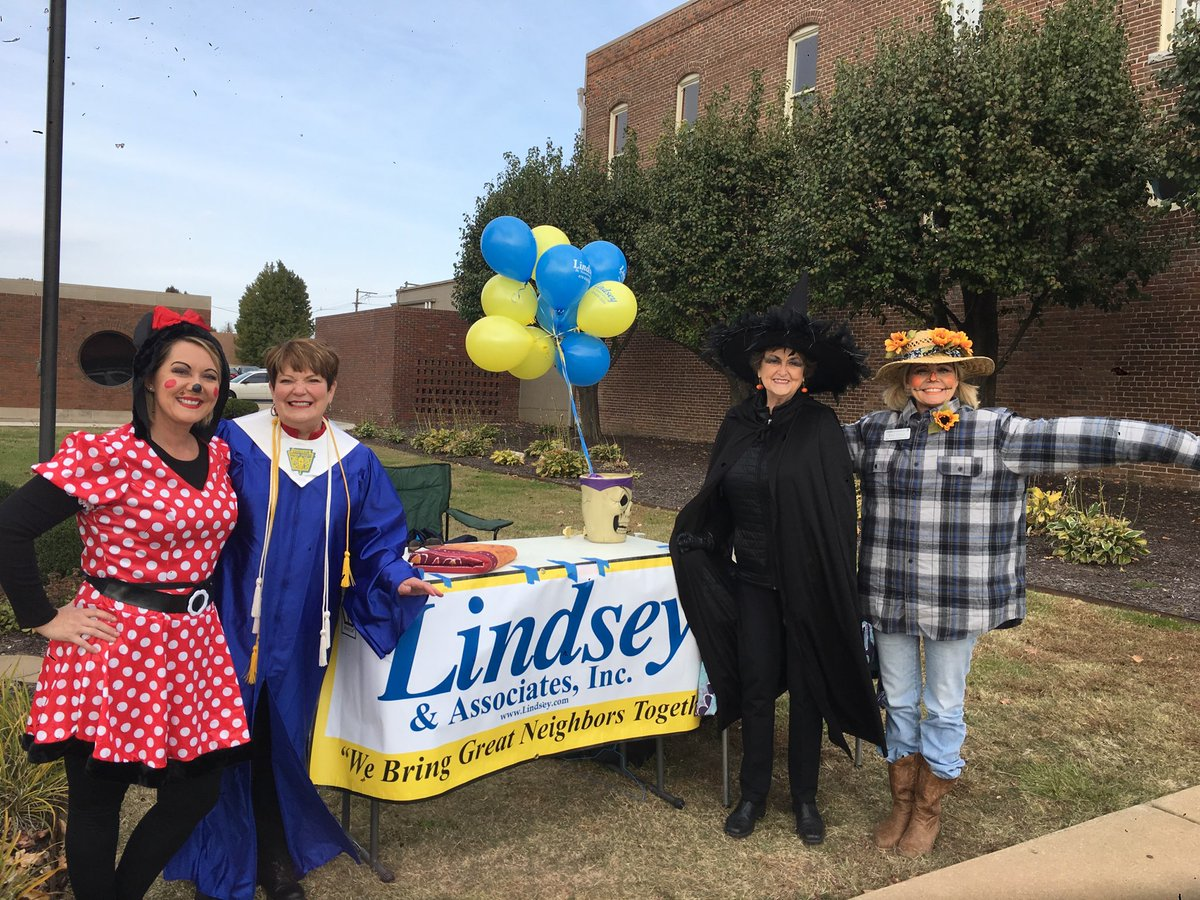 Lindsey & Associates Picture