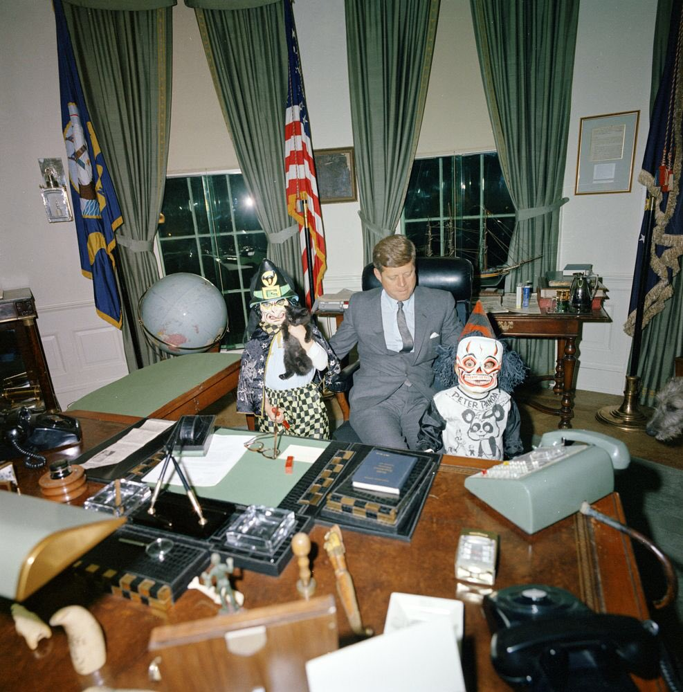 kennedy oval office. Retronewsnow On Twitter Jpg 987x1000 President Kennedy Oval Office
