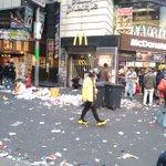 ハロウィンの次の日!ゴミが溢れかえる渋谷の悲しい現実!