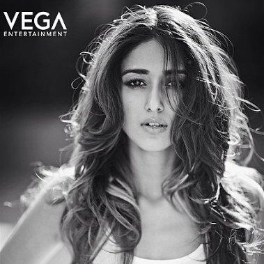 Vega Entertainment Wishes a Very Happy Birthday To Actress D\Cruz
