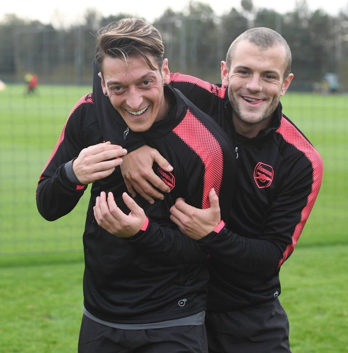 Mood: 😊🔝 #COYG #training #fun @jackwilshere @Arsenal