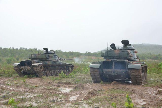 Força Pantanal e Curso de Líderes de Pequenos Grupos se adestram com os Carros de Combate M 60 A3 TTS. https://t.co/ghE9e9RuQV