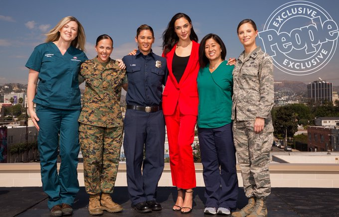 It was such an honor to be able to stand with these real life Wonder Woman. Thank you for letting me share this moment with you all! https://t.co/nuI4hhRDZX
