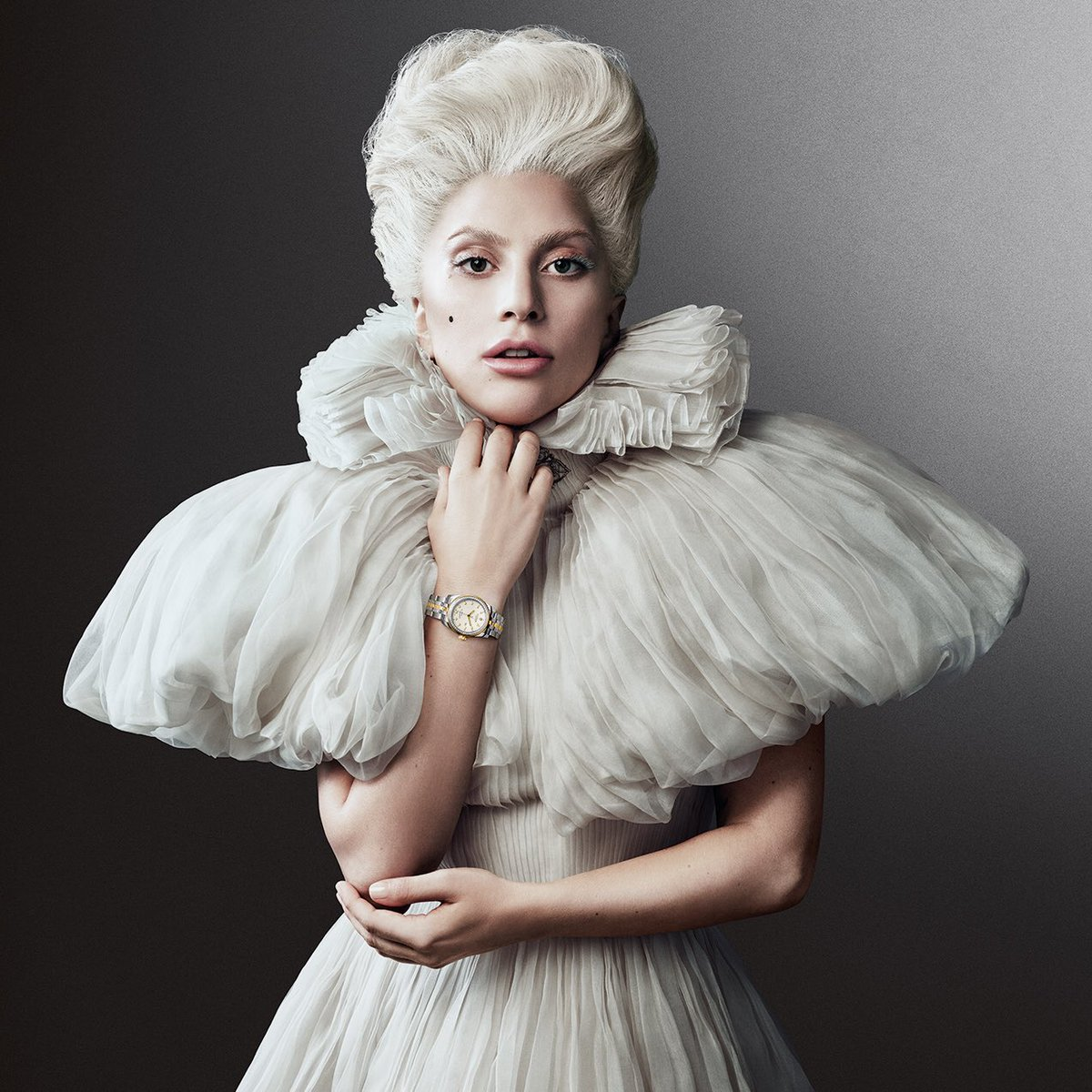 Lady Gaga: Biography, News, Photos And Videos