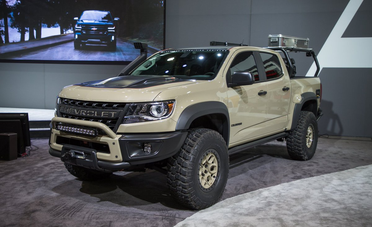 Car And Driver On Twitter The Chevrolet Colorado Zr2 Aev Concept Is Seriously Chevy Might Build It Https T Co 0zqfskgj7o