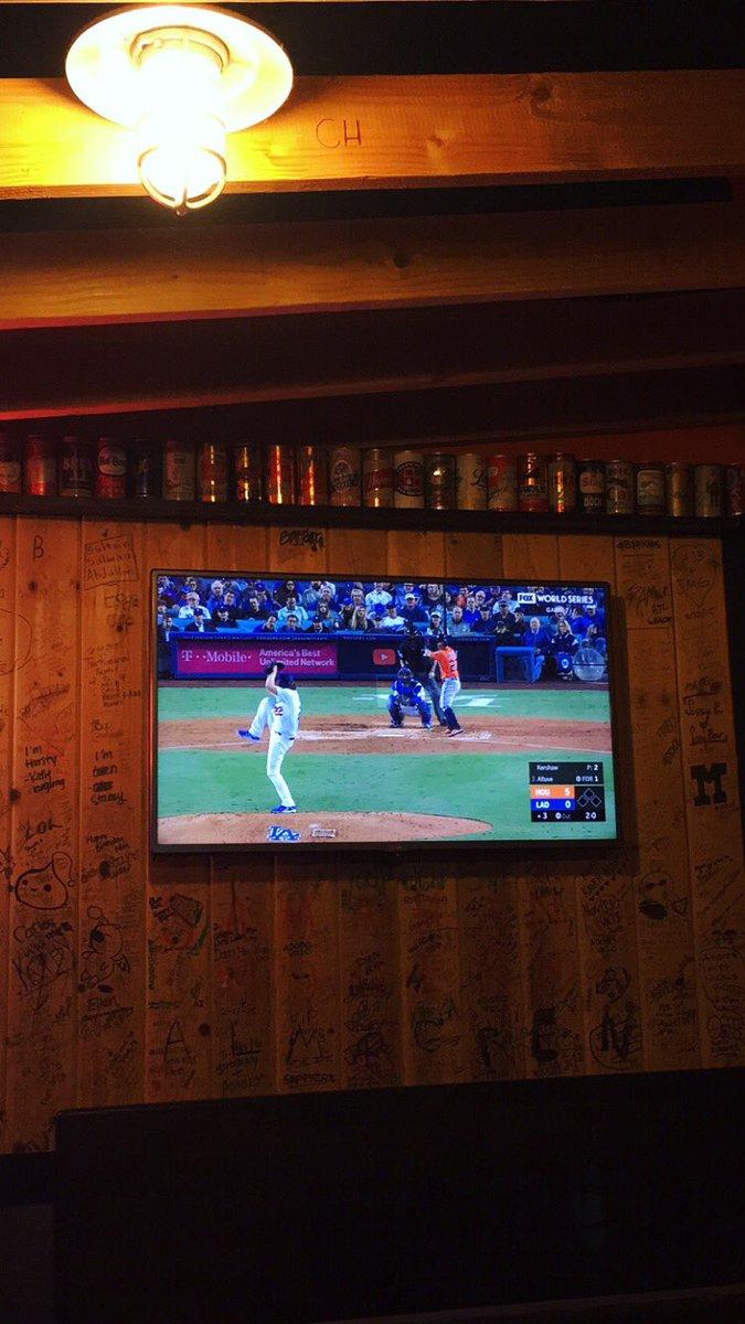 Gooooo @Dodgers #HR4HR #WorldSeries https://t.co/5FQpi9TbDx
