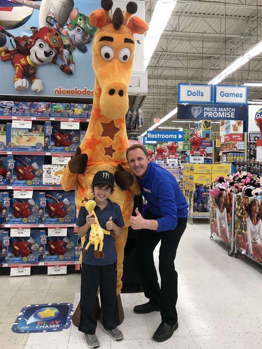 Toysrus On Twitter Thanks For Stopping By Andrew Geoffrey And The