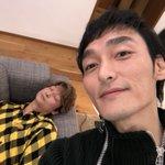 寝てる!コイツ!#草彅剛 pic.twitter.com/ePwdC2R8mN