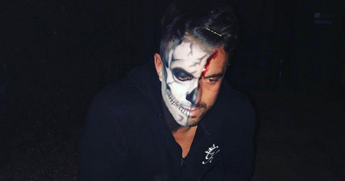 Mutter Verwechselt Nackten Halloweenparty Rückkehrer Mit Sohn Und