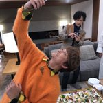 ご馳走だ!#草彅剛 pic.twitter.com/74K8lTMHA1