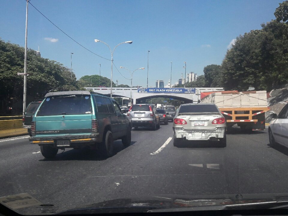 Trafico lento via centro  dist plza vnzl...