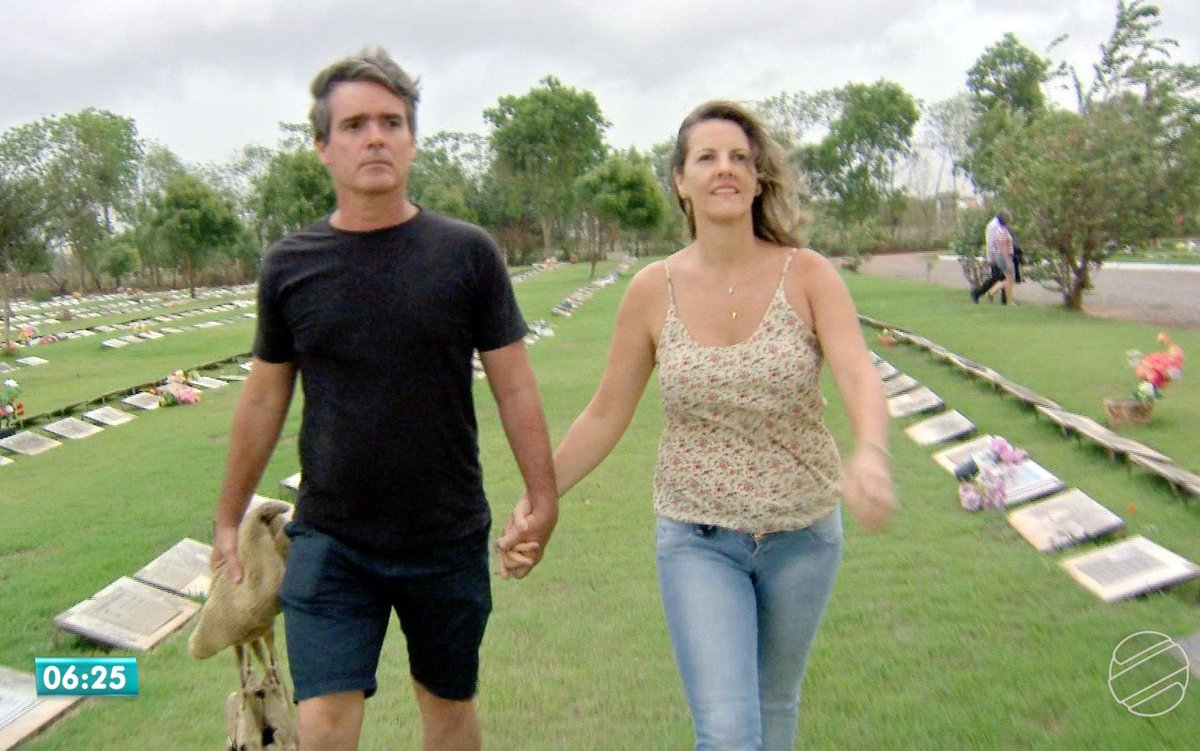Casal está junto após se conhecer em cemitério durante visitas a túmulos de ex-companheiros https://t.co/h3EroDu2Ih