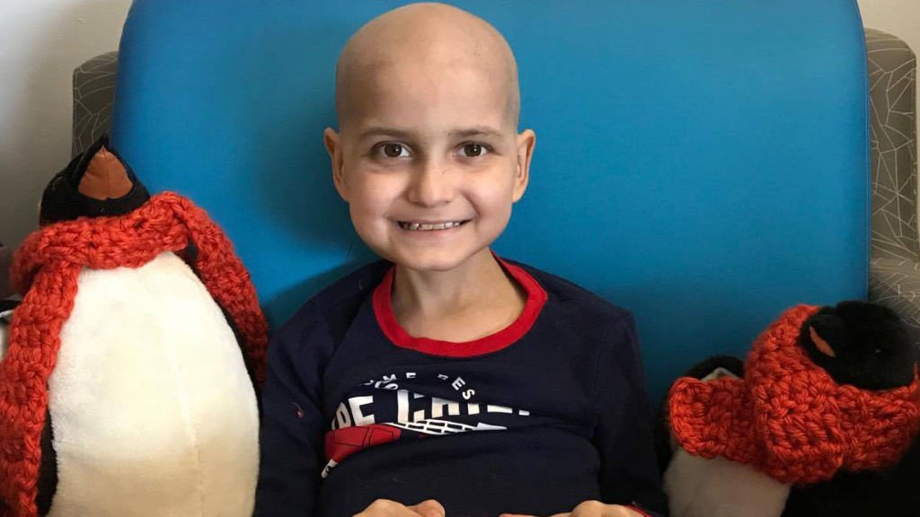 9-year-old cancer patient asks for cards to celebrate 'last Christmas early https://t.co/BMud72HGUd