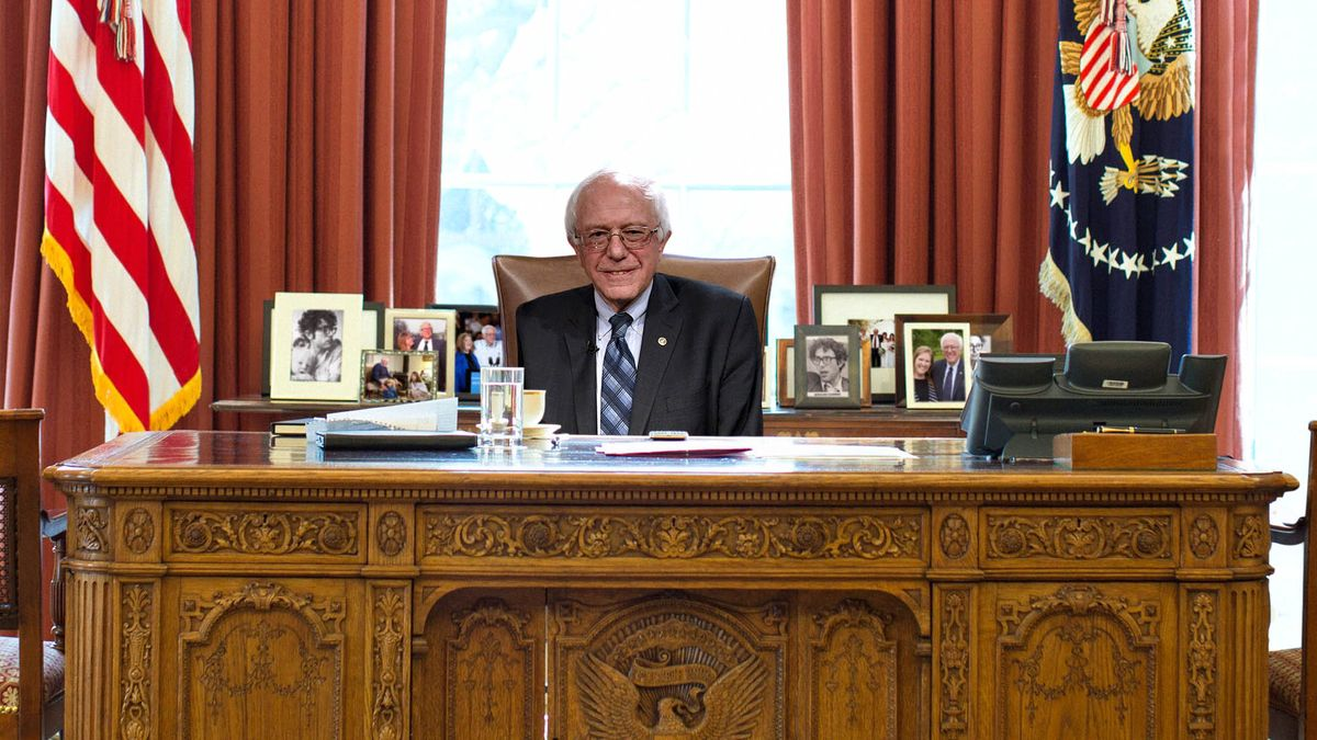 Look Away, Bernie Voters. These Photoshops Of Bernie Sanders In The White House Will Be Too Painful. clckhl.co/lEhCx0y