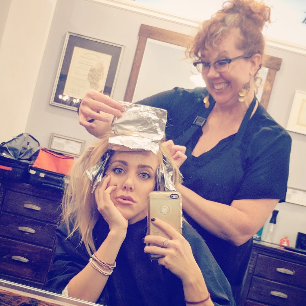 Kate quigley kateqfunny twitter for A tamara dahill salon
