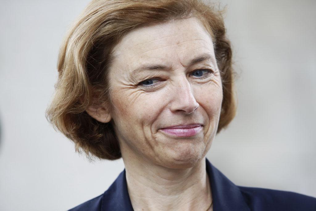 Quand la ministre Florence Parly s'envolait d'Air France… avec un parachute de 675.000 euros https://t.co/DYkpnFaD27