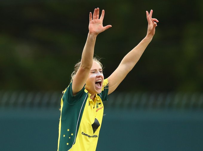 Wishing you a very happy birthday to number one all rounder beautiful Australia\s ellyse perry.
