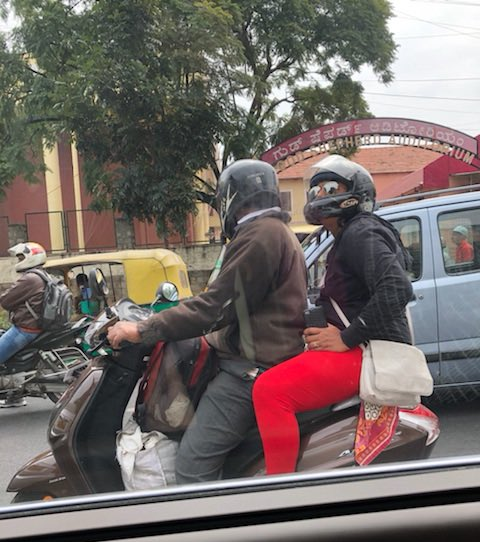 The power of two! Great going, Bengaluru👏 #RoadSafety #HelmetDaalo2point0 https://t.co/Io51DLs5Os