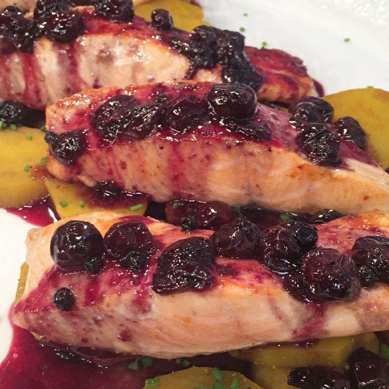 recetas de salmon en salsa de arandanos