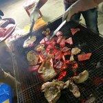 今日の晩御飯は、、。恋のしずく応援会の方々が準備してくださったお肉🤤ビ〜ビ〜キュ〜〜🥓ありがとうござ…