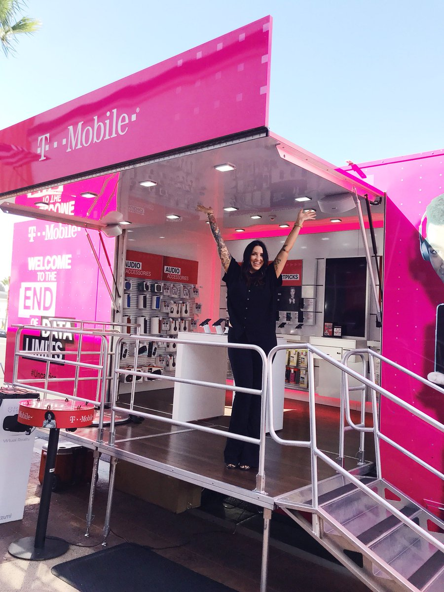 bronzed bunny on twitter made the switch bye bye at t tmobile tmobileforbusiness uncarrier carrierfreedom johnlegere coreycloser1 tmobilebusiness tmobile https t co p8vq1uazcs twitter