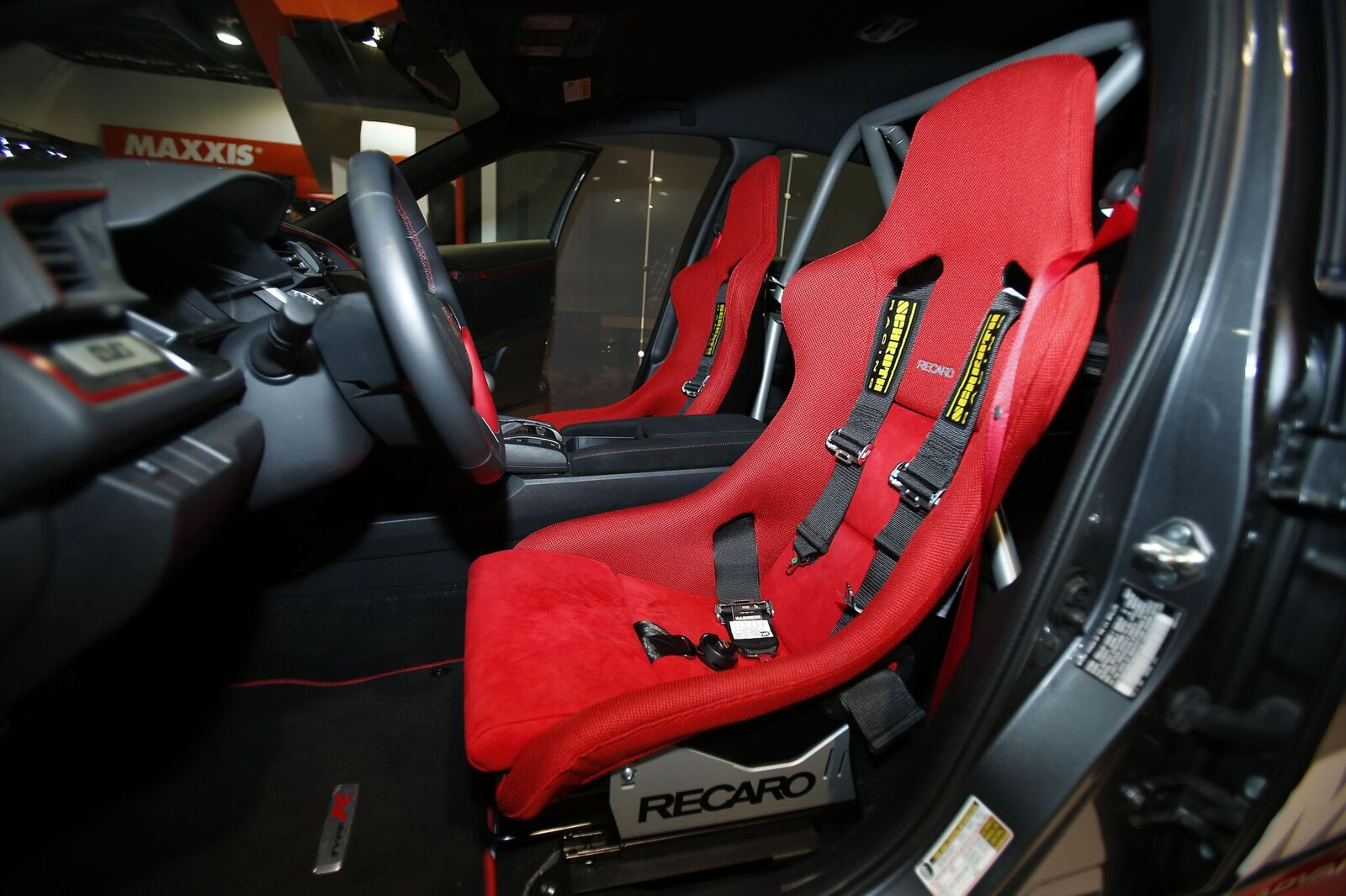 Recaro On Twitter Recaro Pole Position Jersey Red Seats In A 2017 Honda Civic Type R Maxxistires Booth 43099 Recarorally Maps At Booth 50113 Sema2017 Https T Co Br7ybalipg