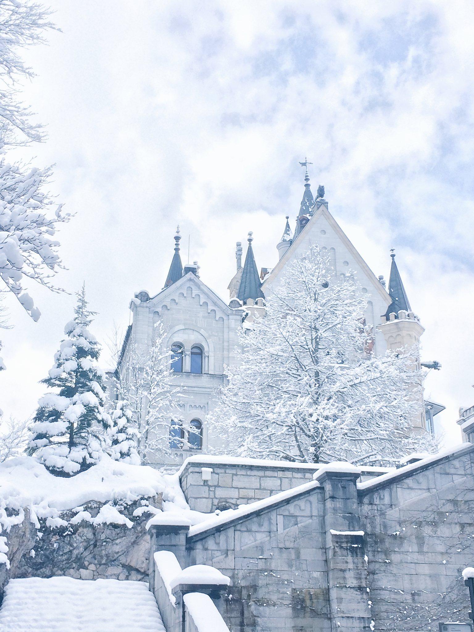 ノイシュバンシュタイン城の美しさプライスレスでした
