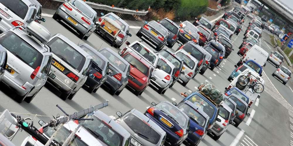 Autoroute : les tarifs au péage vont augmenter de 1 à 2% en 2018 https://t.co/skZoZMzZ49