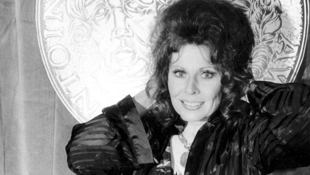 Ann Wedgeworth, known for 'Three's Company' role, dies at 83 https://t.co/d0By2reeJE