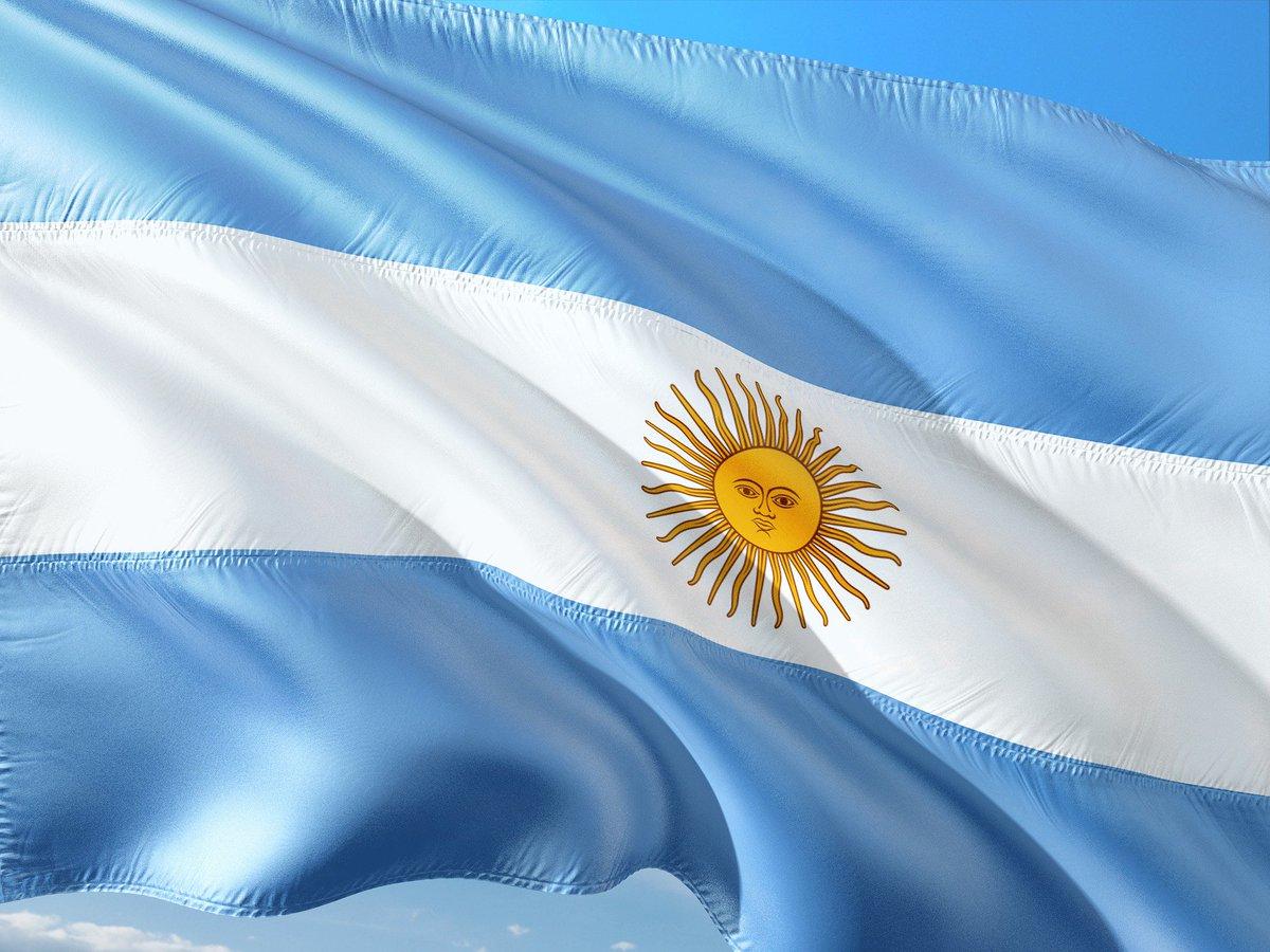 #Argentina has detected 7 satellite calls from missing submarine https://t.co/htlKYUc5mX