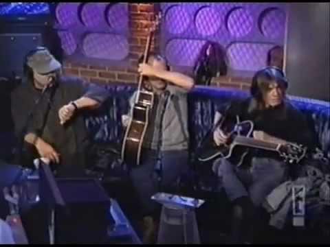 #m Unplugged AC/DC - You Shook me All Nigth Long  http:// songpills.com/unplugged-acdc -you-shook-me-all-nigth-long/ &nbsp; … <br>http://pic.twitter.com/o9zM1dQ0gb