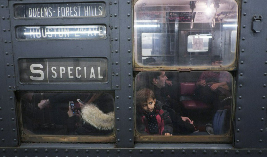 New York vintage subway trains return for holiday season https://t.co/8GZqrN4hsw