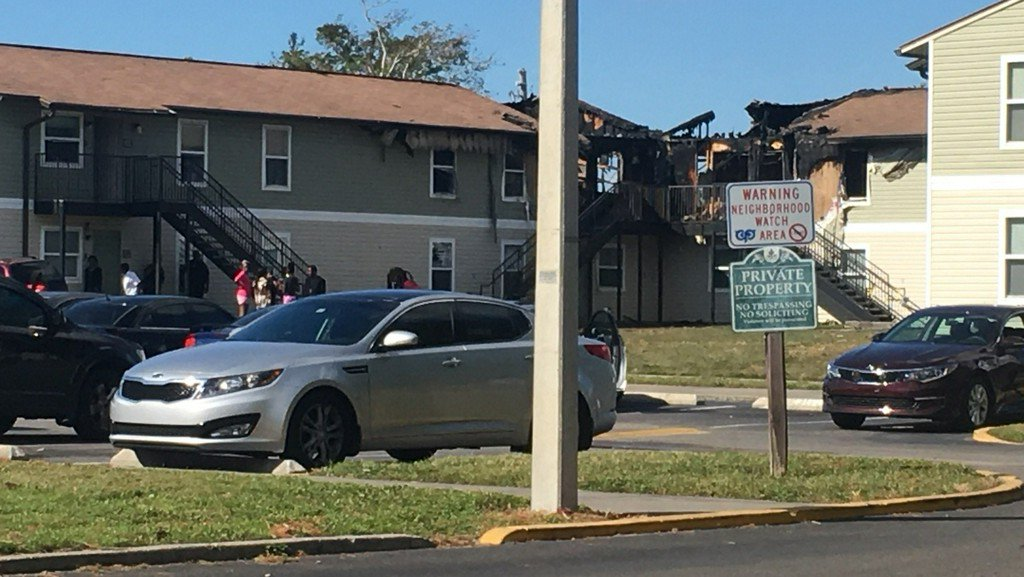 Orlando apartment fire forces 31 to relocate https://t.co/l7dxW9y9bw