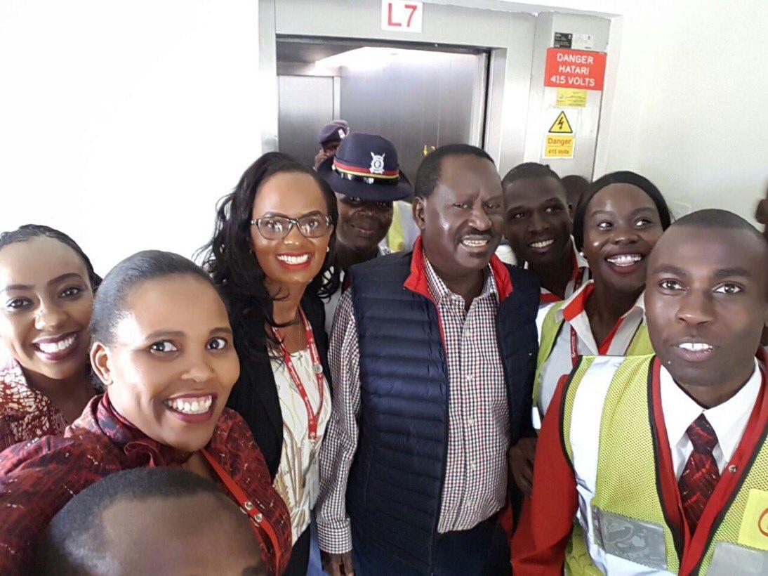 RT @SuzannaOwiyo: A picture speaks a thousand words #RailaReturns https://t.co/taHZU5tXUN