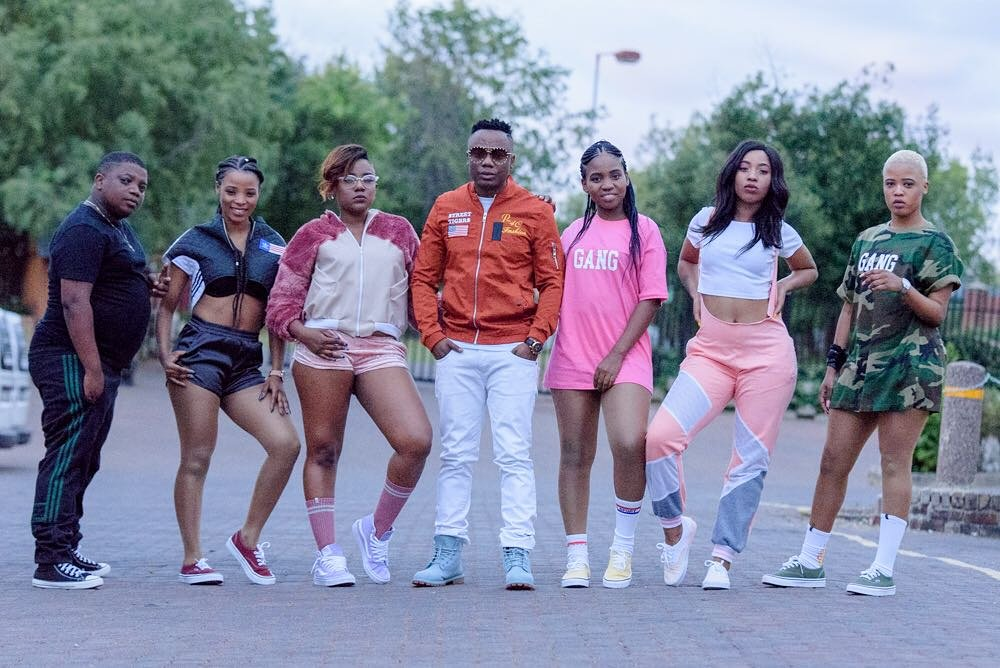 Download Dladla Mshunqisi - Ibus Lamalume (feat. Busiswa ...