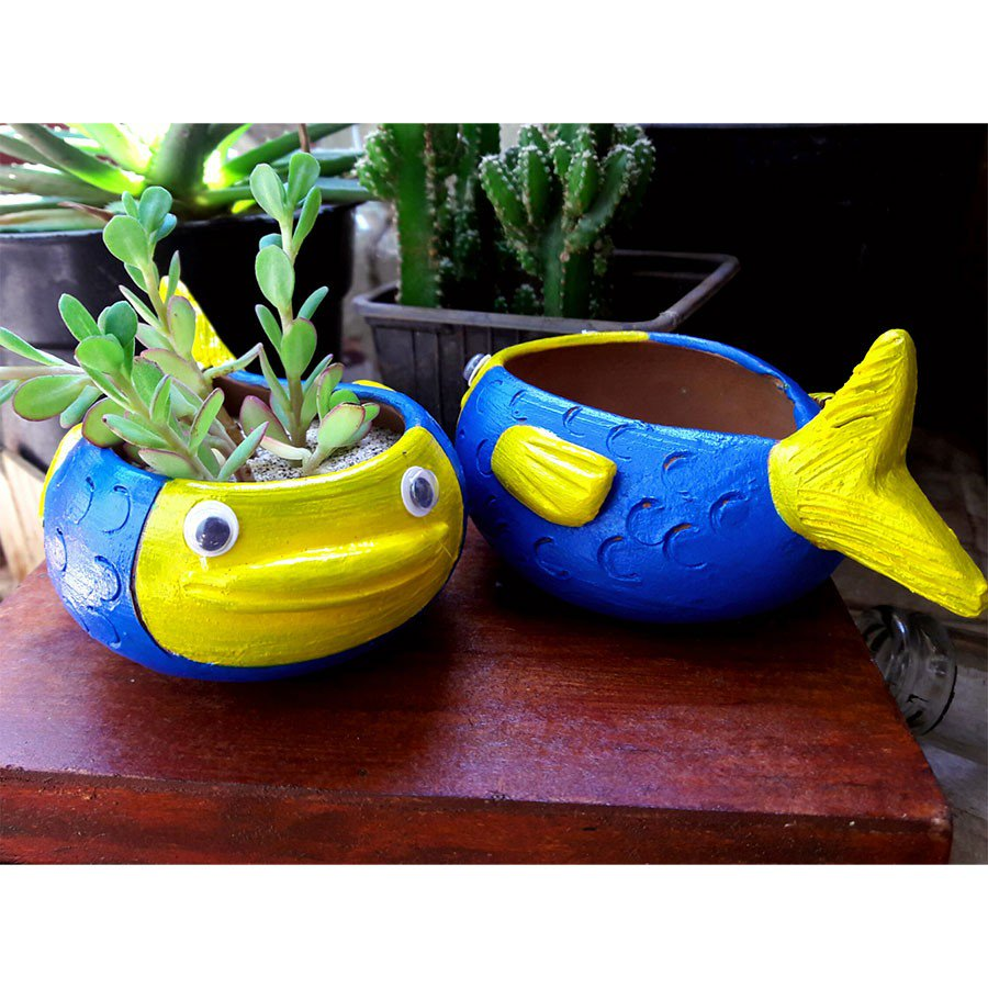 These planters from Alma Libra are just two adoryble. Fall in love.  http:// engrave.in/finding-dory-p lanter-set-of-2 &nbsp; …  #planters #quirky #themakersmarket<br>http://pic.twitter.com/J0Llrq6JnI