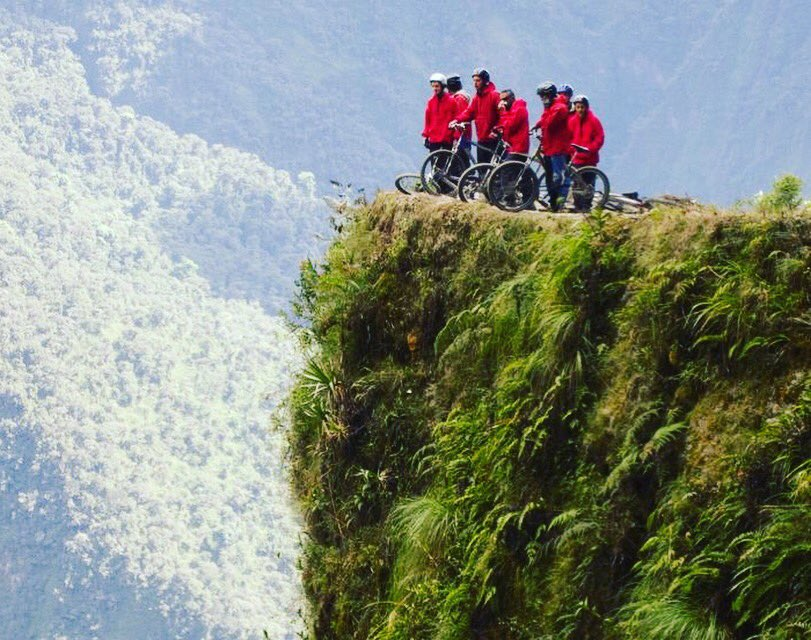 This is a must read! Our latest blog about cycling the deadliest road in the world! Link in bio. #cycling #cyclist #cyclo #fietsen #racefietsen #daily #blog #death #road #bolivia #dangerous #mountain #climbing #velo #lapaz #bike #downhill #tdsportswear #adventure #travel<br>http://pic.twitter.com/qTUm52xcpS