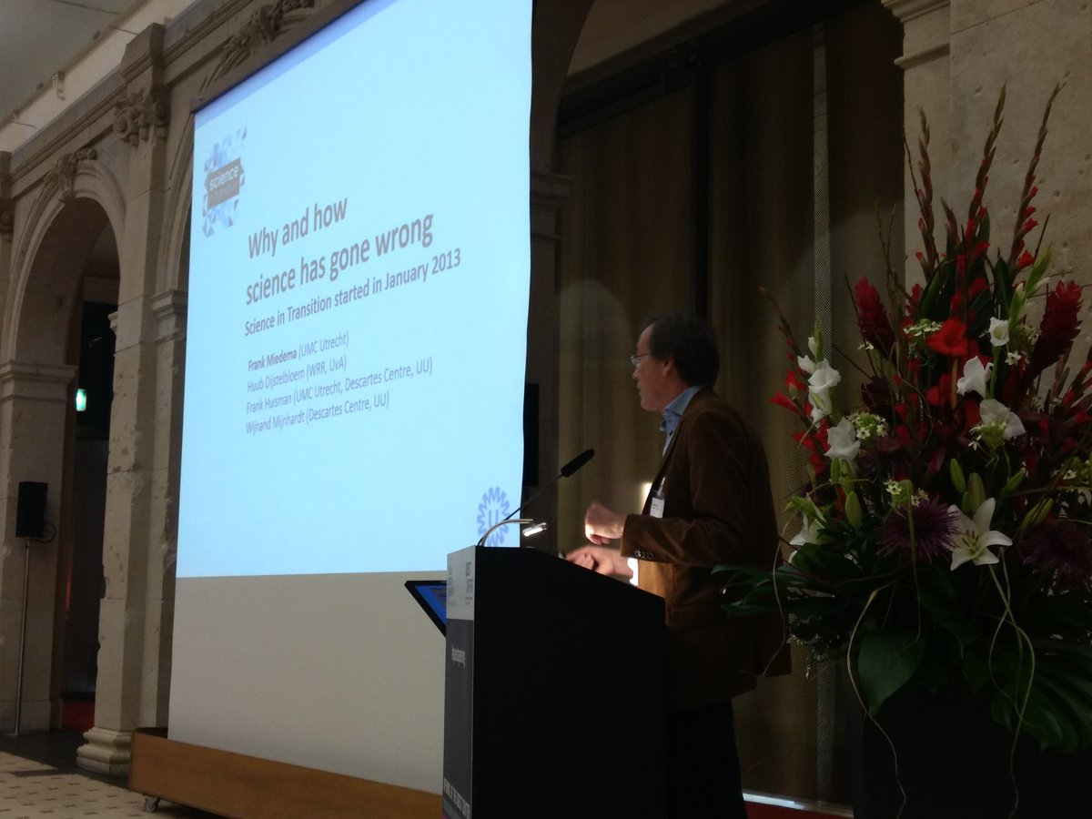 Frank Miedema says &quot;let&#39;s be frank about problems in current rewards system&quot; at #questopening @MiedemaF @SciTransit #openscience <br>http://pic.twitter.com/OiyGN1kdbB