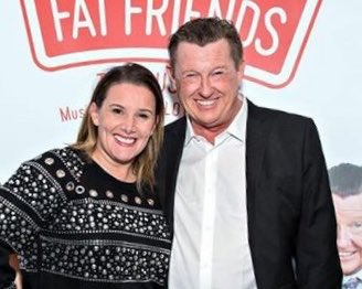 RT @mrkevkennedy: Me and the stage wife @SamBaileyREAL https://t.co/otXLcBYIBO