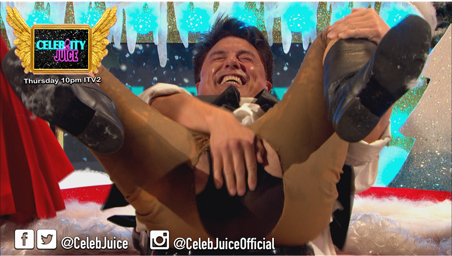 The Wobbly Wobbly game is just pant splittingly fun, don't you think @johnbarrowman #CelebJuice https://t.co/3UhSSb0zUQ