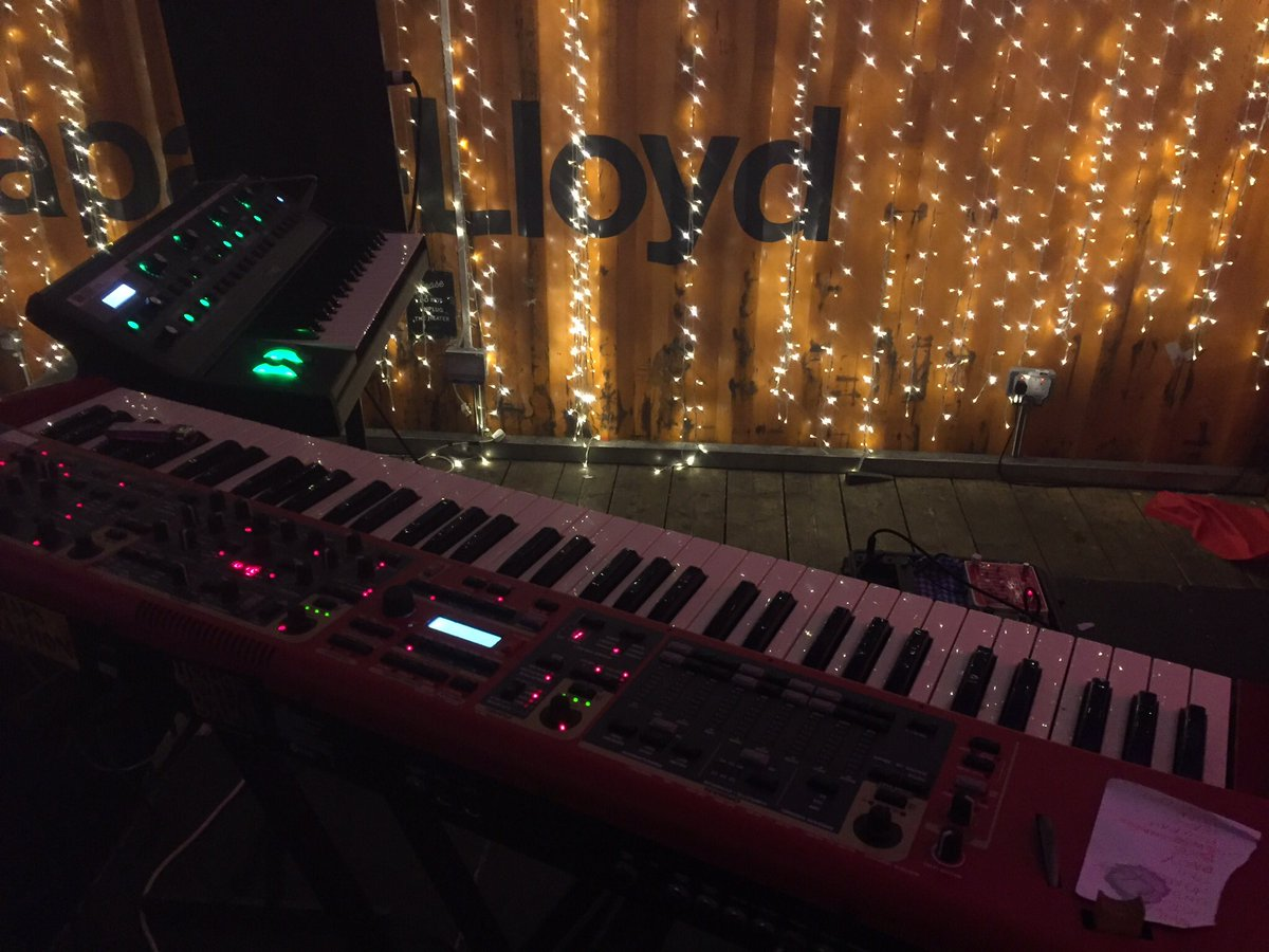 It&#39;s noise time! #moog #nord #hiphop #punk #Circus<br>http://pic.twitter.com/zyWfYNNyAa