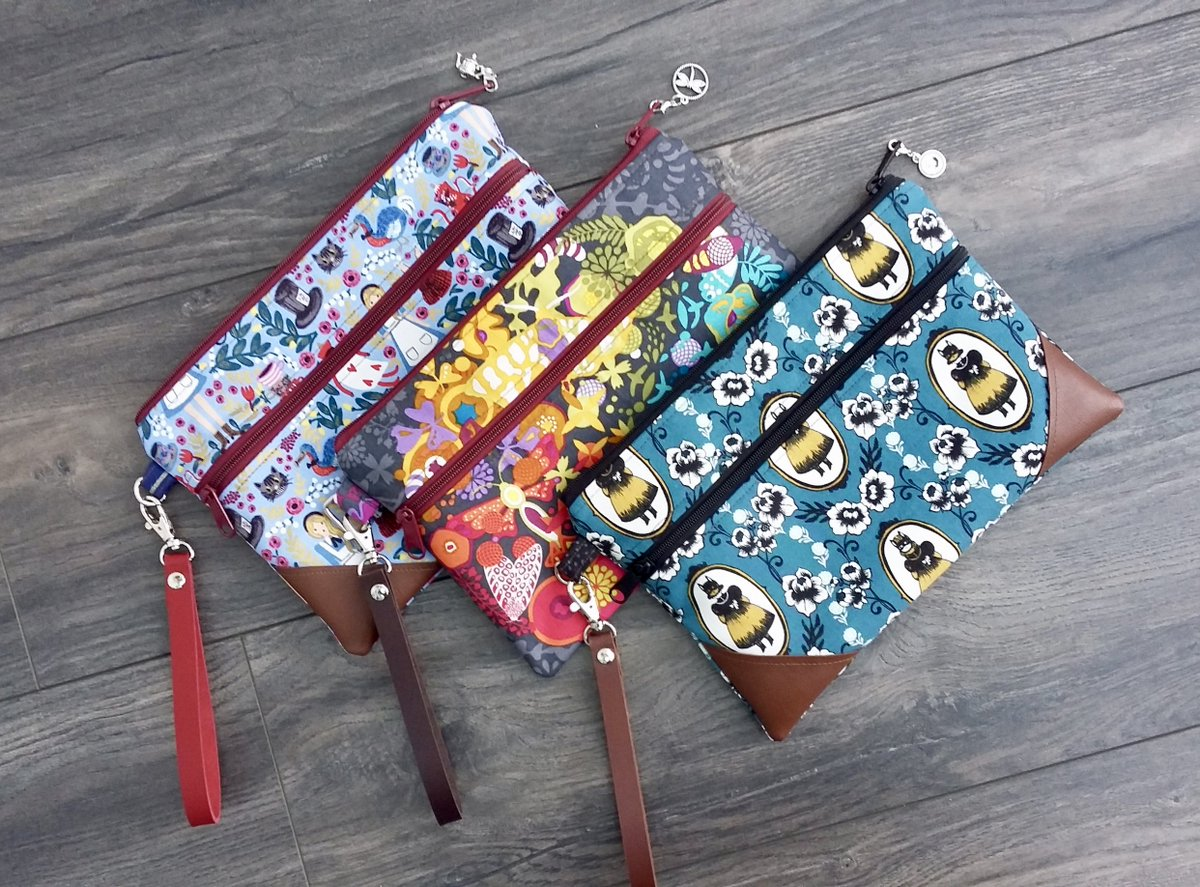Hello everyone! I&#39;ve had a productive morning finishing off pretty clutches for my fair. The Alice one is in my shop! Real leather wristlet straps from @BobbinGirlBags #hhlunch #handmadehour @LBGstudio #etsyseller #handbag #handbagseller #bagaddict #midlandshour @leicestermuseum<br>http://pic.twitter.com/Rv1x6x7dr0