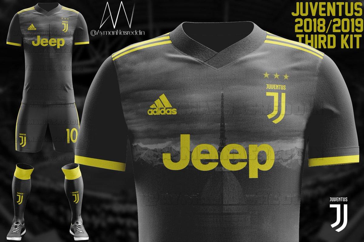Terza Maglia Juventus prima