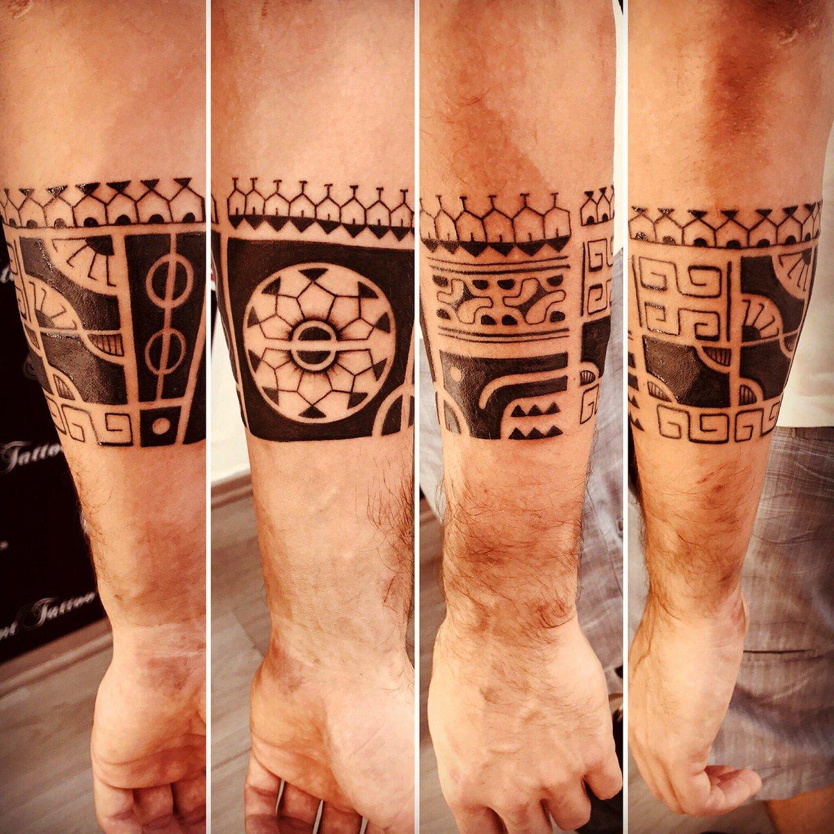 Tatoos Brazaletes Finest Tatuajes Maories Significado Y Temas With - Tattoo-brazaletes