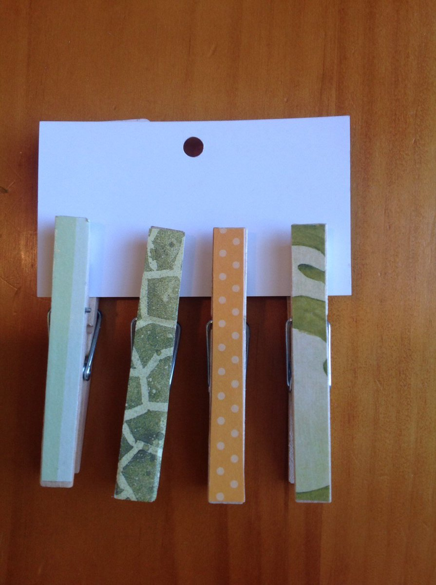 Decorative Wooden Clothes pin Clips - Greeting Card clips - Gift…  http:// tuppu.net/362b2c66  &nbsp;   #EpicOnEtsy #GreetingCards <br>http://pic.twitter.com/qayylicKZs