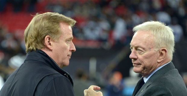 #Cowboys owner Jerry Jones to Roger Goodell:   &#39;Bob Kraft is a p---y compared to what I&#39;m going to do to you&#39; »  READ:  http:// cwbys.co/2zbveP2  &nbsp;  <br>http://pic.twitter.com/PhyQBU7cfq