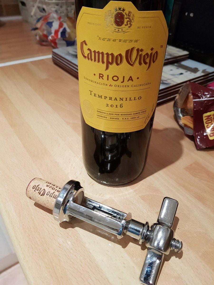 Retro wine night. Remember corks!! #GoodOldDays <br>http://pic.twitter.com/Jb23LsLhBt