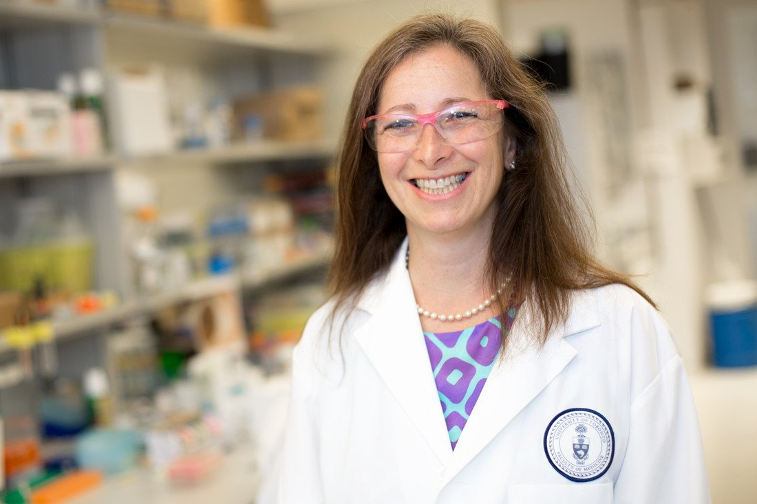 Congratulations to @UofT&#39;s Molly Shoichet on her appointment as Ontario&#39;s first Chief Scientist! She has and no doubt will continue to advance science &amp; innovation in the province. #ChiefSciOn #SupportTheReport  http:// bit.ly/ChiefSciOn  &nbsp;  <br>http://pic.twitter.com/0tig1XUSLA